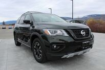 Nissan Pathfinder 4x4 SV Tech 2020