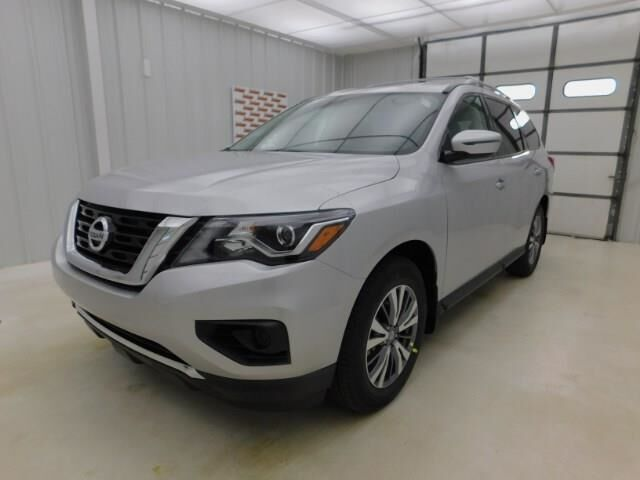 2020 Nissan Pathfinder FWD S Manhattan KS