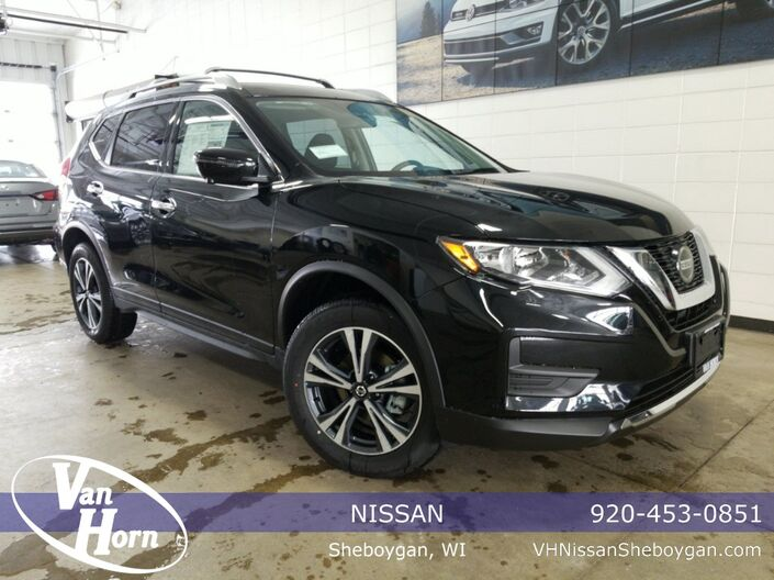 2020 Nissan Rogue SV Plymouth WI