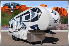 2020 Northwood Arctic Fox 28-5C Triple Slide 5th Wheel RV