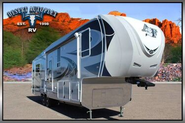 Northwood Arctic Fox 32-5M Triple Slide 5th Wheel RV Mesa AZ