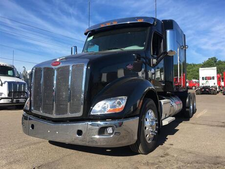 2020 Peterbilt 579 High Roof Eau Claire MN