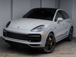 2020_Porsche_Cayenne_Turbo S E-Hybrid_ Akron OH