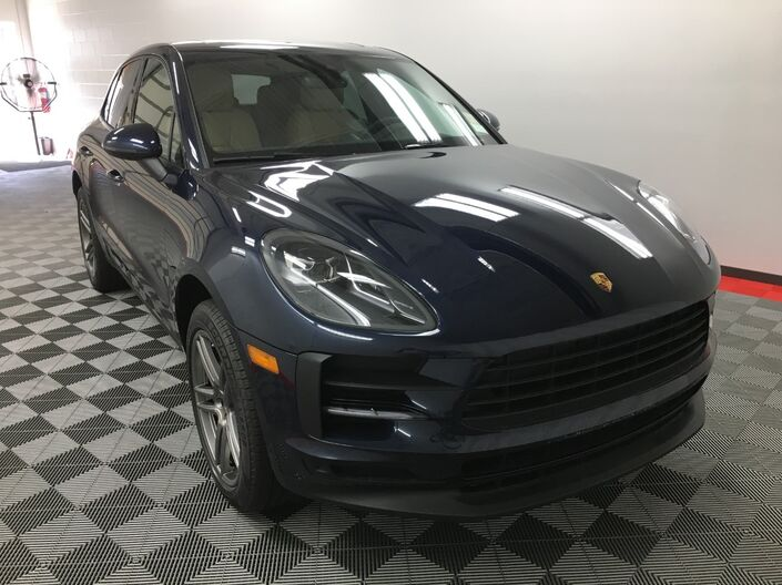 2020 Porsche MACAN BASE Appleton WI