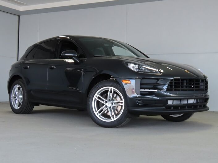 2020 Porsche Macan  Merriam KS