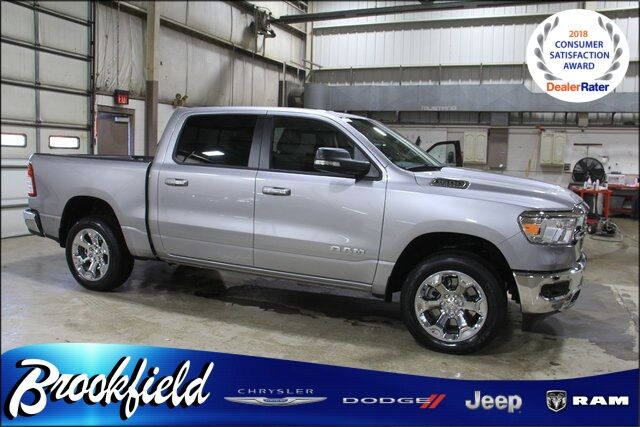 2020 Ram 1500 BIG HORN CREW CAB 4X4 5'7 BOX Benton Harbor MI