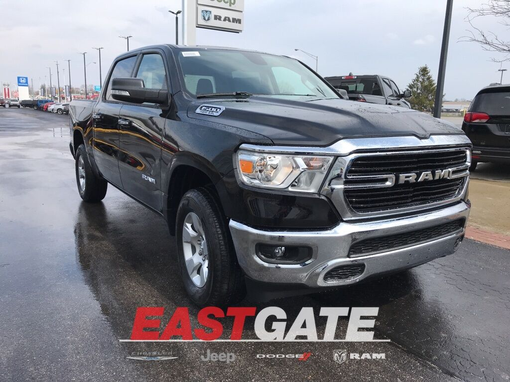 2020 Ram 1500 BIG HORN CREW CAB 4X4 5'7 BOX Indianapolis IN