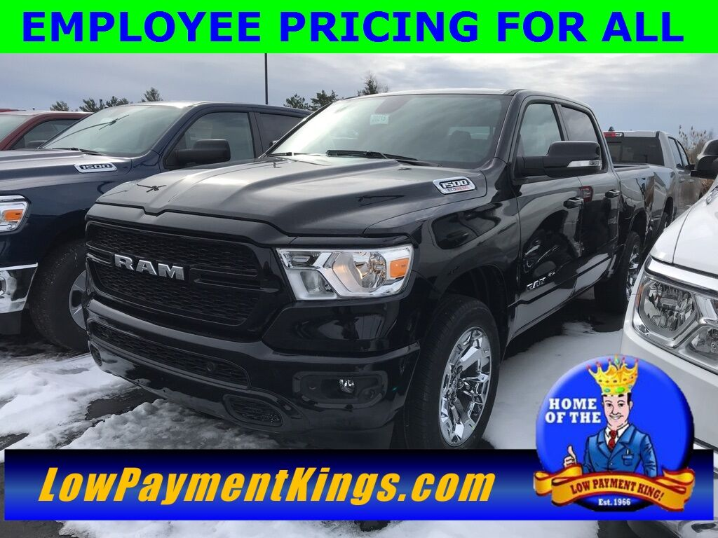 2020 Ram 1500 BIG HORN CREW CAB 4X4 5'7 BOX Shelby OH