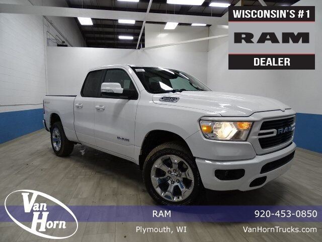 2020 Ram 1500 BIG HORN QUAD CAB 4X4 6'4 BOX Plymouth WI