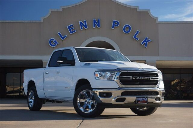 2020 Ram 1500 LONE STAR QUAD CAB 4X2 6'4 BOX