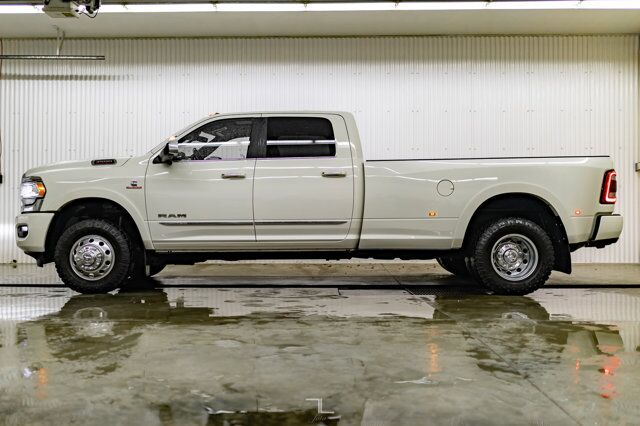 2020 Ram 3500 4x4 Crew Cab Limited Dually AISIN Leather Roof Nav Red Deer AB