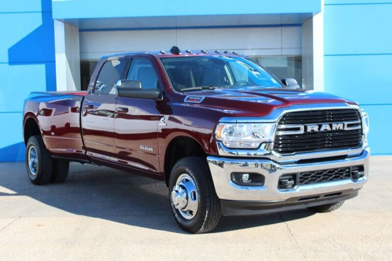 2020 Ram 3500 BIG HORN CREW CAB 4X4 8' BOX Harper KS