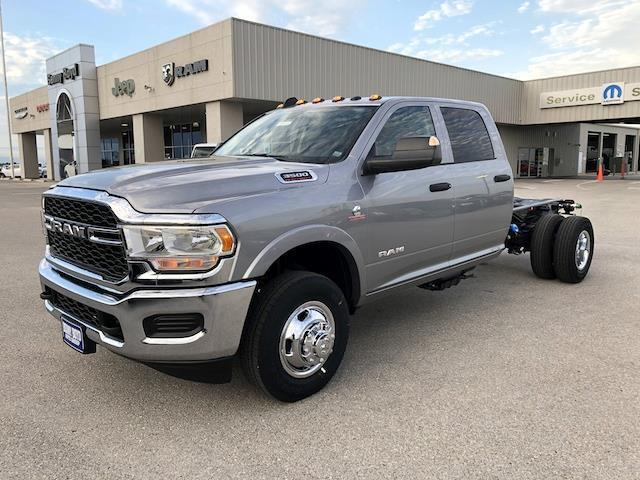 "2020 Ram 3500 Chassis Cab TRADESMAN CREW CAB CHASSIS 4X4 60 CA"" Gonzales TX"