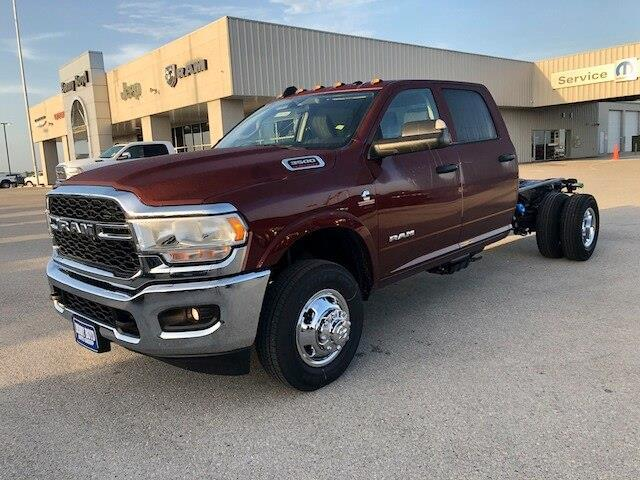 2020 Ram 3500 Chassis Cab TRADESMAN CREW CAB CHASSIS 4X4 60 CA""