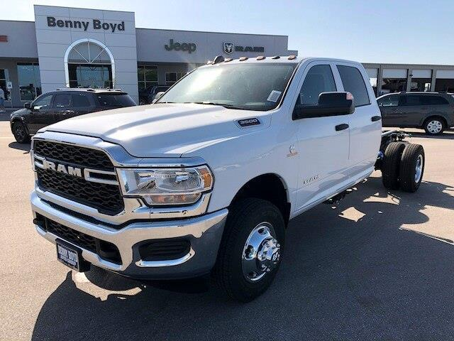 "2020 Ram 3500 Chassis Cab TRADESMAN CREW CAB CHASSIS 4X4 60 CA"" Lockhart TX"