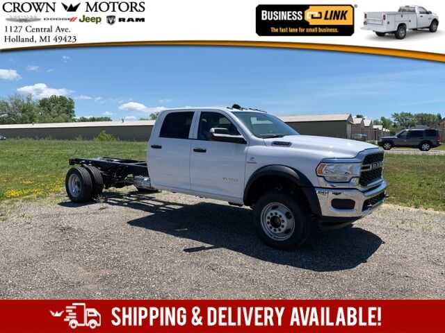 "2020 Ram 5500 Chassis Cab TRADESMAN CHASSIS CREW CAB 4X4 84 CA"" Holland MI"