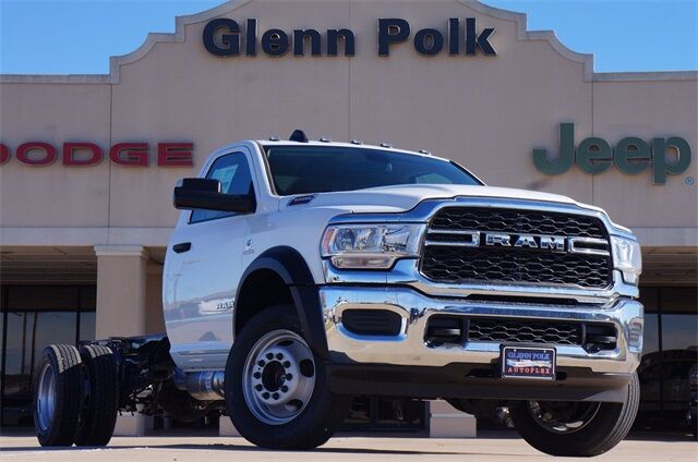 "2020 Ram 5500 Chassis Cab TRADESMAN CHASSIS REGULAR CAB 4X4 84 CA"" Gainesville TX"