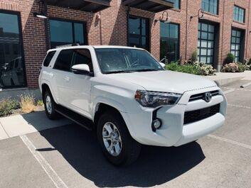 Toyota 4Runner SR5 4WD 2020