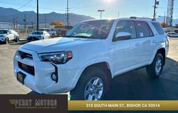 2020_Toyota_4Runner_SR5_ Bishop CA