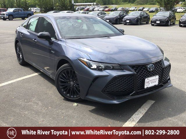 2020 Toyota Avalon Hybrid XSE White River Junction VT