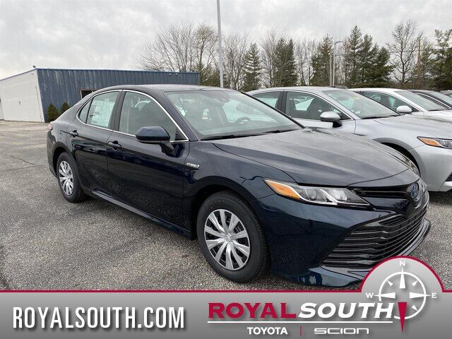 2020 Toyota Camry Hybrid LE Bloomington IN