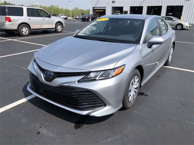 2020 Toyota Camry Hybrid LE Lima OH