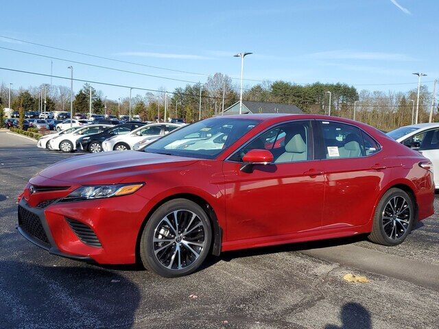 2020 Toyota Camry SE Bloomington IN