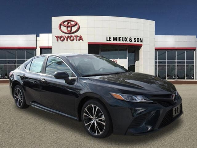 2020 Toyota Camry SE Green Bay WI