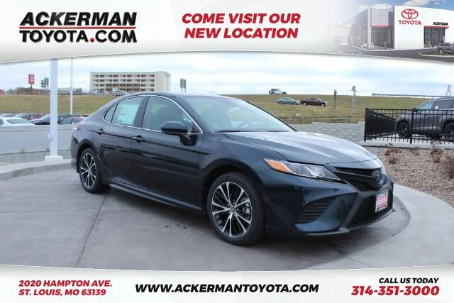 2020 Toyota Camry SE St. Louis MO