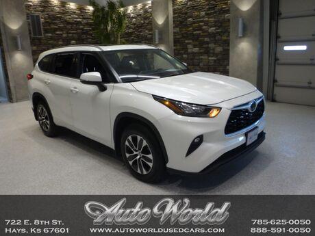 2020 Toyota HIGHLANDER XLE AWD  Hays KS
