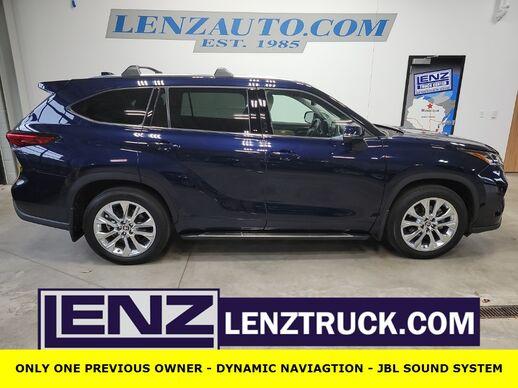 2020_Toyota_Highlander_AWD Limited_ Fond du Lac WI