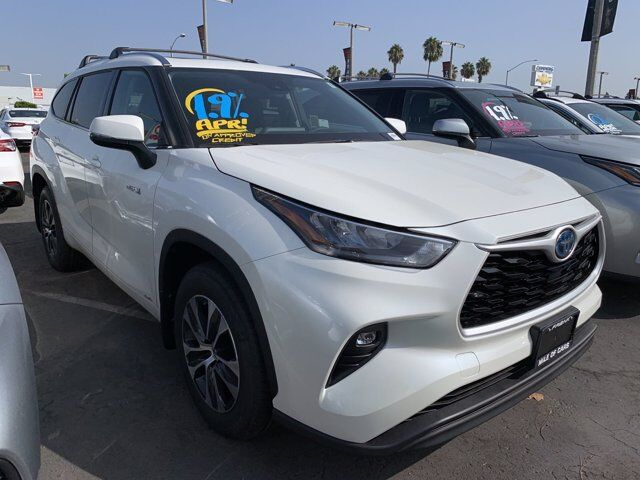 2020 Toyota Highlander Hybrid XLE National City CA