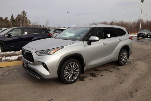 2020 Toyota Highlander Platinum Brewer ME