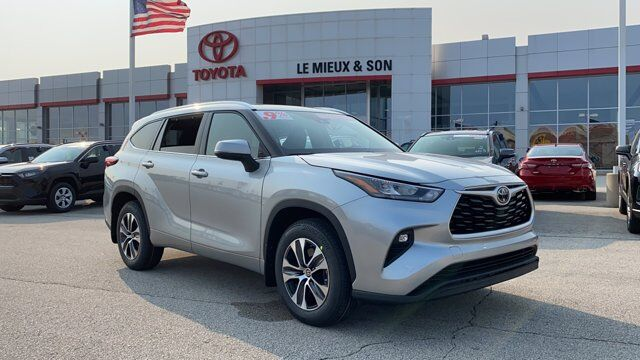 2020 Toyota Highlander XLE Green Bay WI