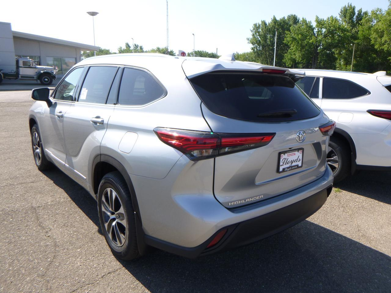 2020 Toyota Highlander XLE V6 AWD Jamestown ND
