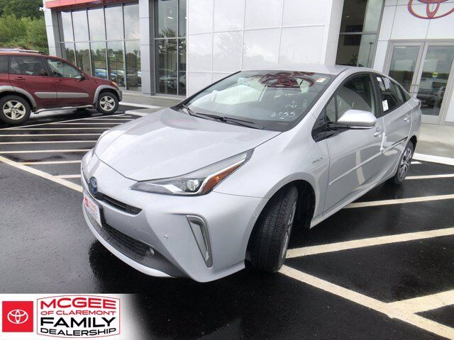 2020 Toyota Prius LE AWD- Claremont NH
