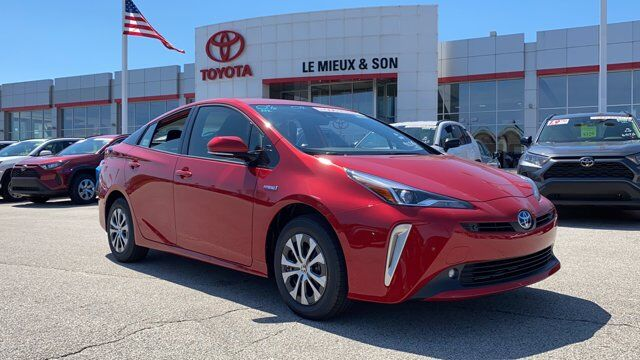 2020 Toyota Prius LE Green Bay WI