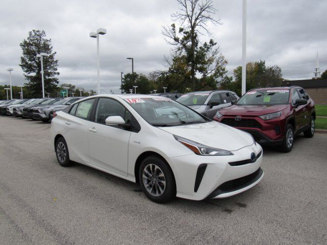 2020 Toyota Prius Limited Green Bay WI