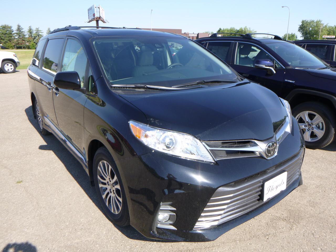new 2020 toyota sienna xle fwd in jamestown nd lloyds toyota