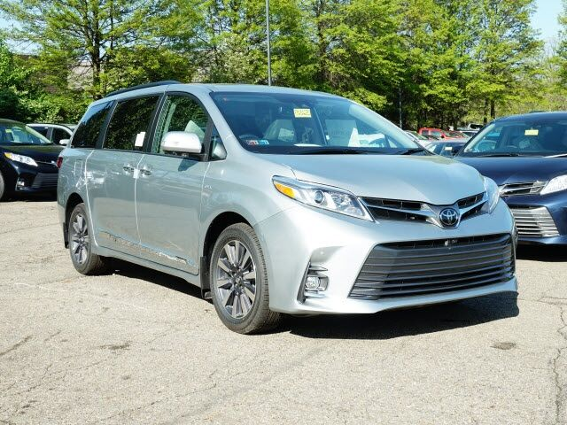 2020 Toyota Sienna Limited Premium Cranberry Twp PA