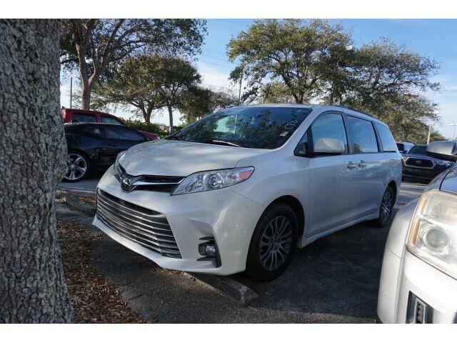 2020 Toyota Sienna XLE 8 Passenger Delray Beach FL
