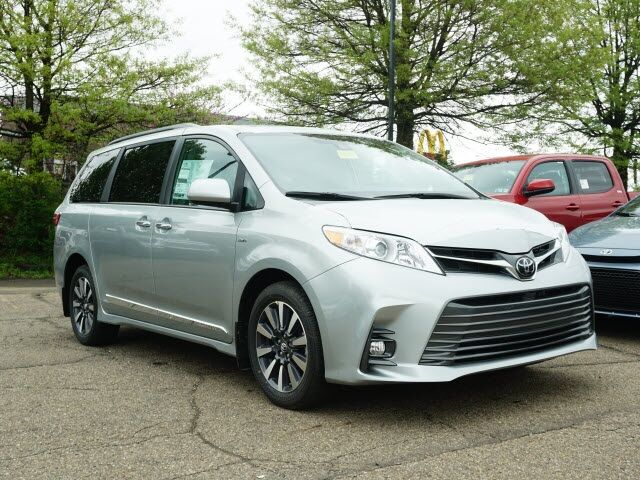 2020 Toyota Sienna XLE Premium Cranberry Twp PA