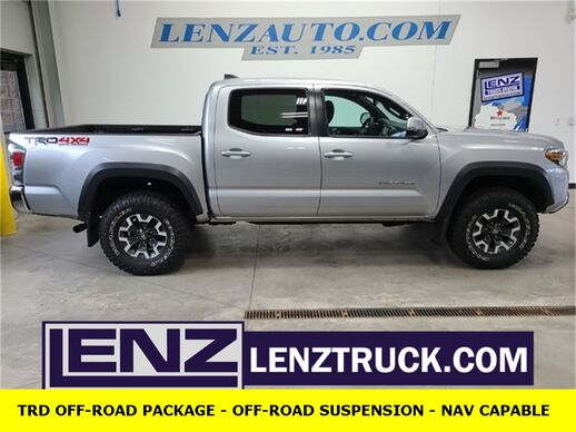 2020_Toyota_Tacoma_4x4 Double Cab TRD Offroad_ Fond du Lac WI