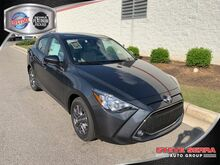 2020_Toyota_Yaris Sedan_4DR SEDAN LE 6AT_ Decatur AL