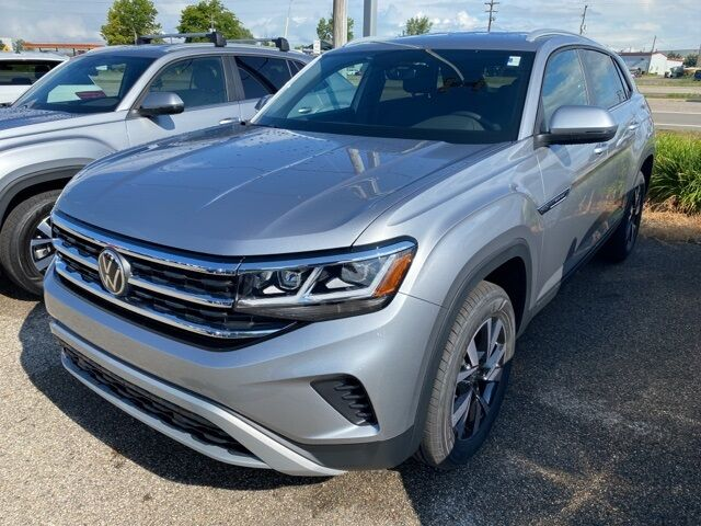 2020 Volkswagen Atlas Cross Sport 2.0T SE 4Motion Holland MI