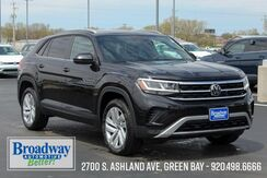 2020_Volkswagen_Atlas Cross Sport_2.0T SE w/Technology 4Motion_ Green Bay WI