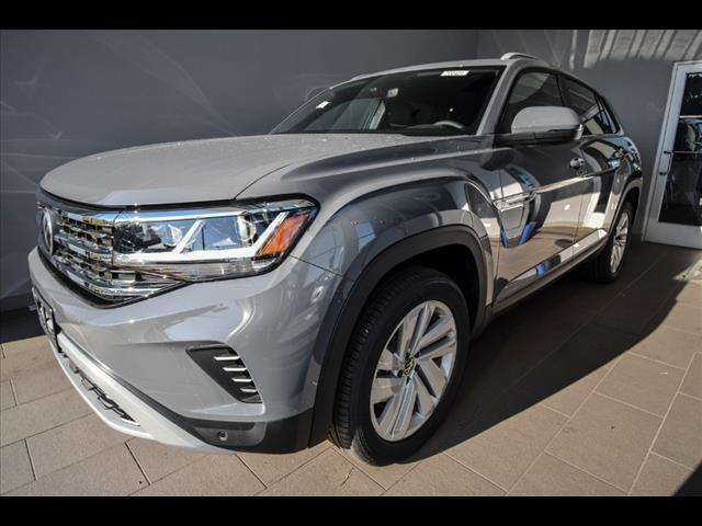 2020 Volkswagen Atlas Cross Sport 2.0T SE w/Technology (A8) 4Motion Brookfield WI