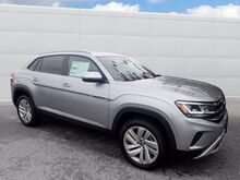 2020_Volkswagen_Atlas Cross Sport_2.0T SE w/Technology_ Walnut Creek CA