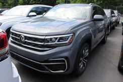 2020_Volkswagen_Atlas Cross Sport_SEL R-Line_ Seattle WA