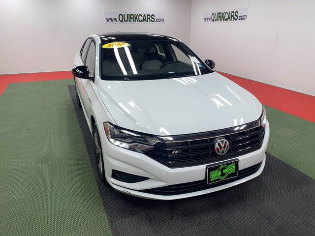 2020 Volkswagen Jetta R-Line w/ PANORAMIC SUNROOF & COLD WEATHER PACK Manchester NH